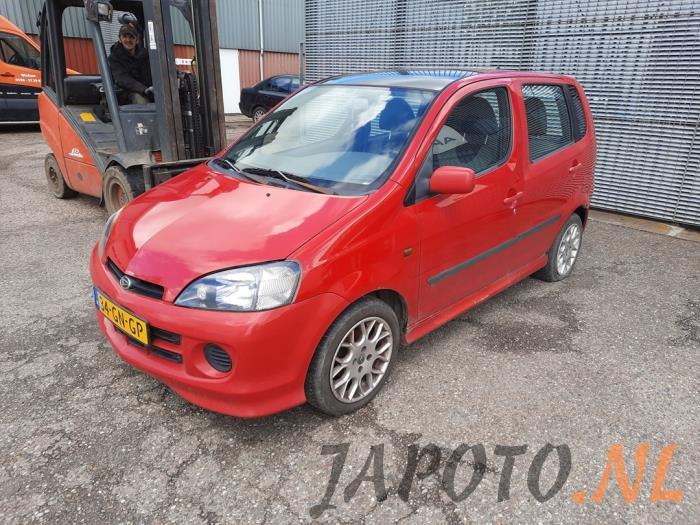 Daihatsu Young RV 2001 - large/d71868c9-0ec3-43fa-b7cc-919e14b2ae4f.jpg