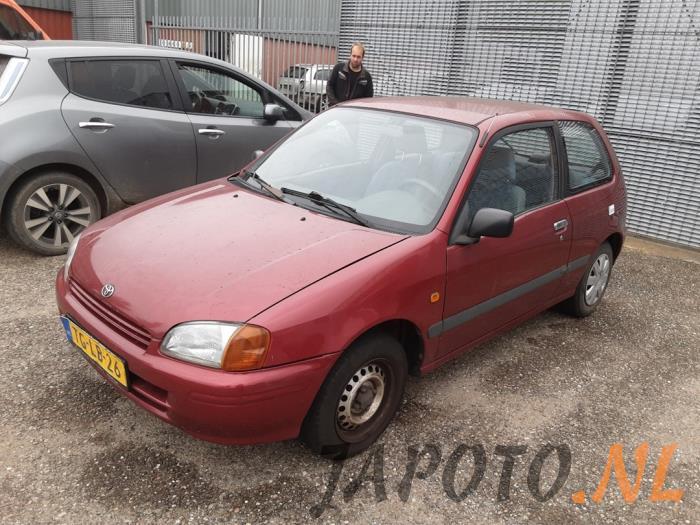 Toyota Starlet 1998 - large/babf8199-1621-490e-abf5-8b1b2f241302.jpg