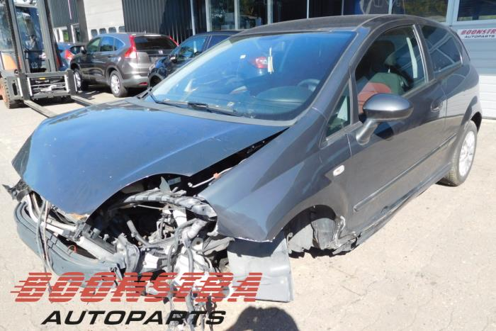 Fiat Punto  -0 / -0