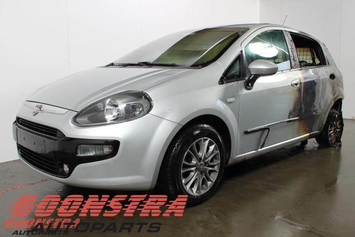 Fiat Punto 1.3 JTD Multijet 16V 85 Actual 2010-04 / 0-00