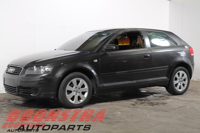 Audi A3 1.6 2003-05 / 2005-05