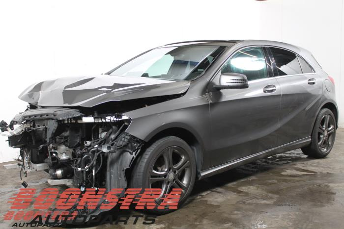 Mercedes A (W176), Hatchback, 2012 / 2018<br><small>1.6 A-200 16V, Hatchback, Benzine, 1.595cc, 115kW, FWD, M270910, 2012-06 / 2018-05, 176.043</small>