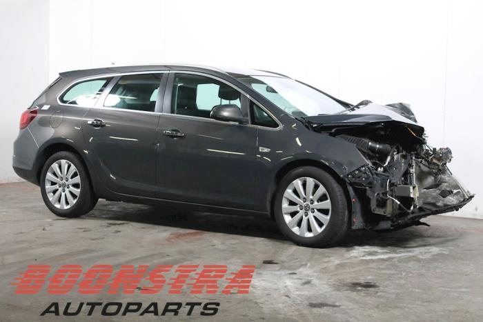 Opel Astra J Sports Tourer (PD8/PE8/PF8), Combi, 2010 / 2015<br><small>1.7 CDTi 16V, Combi/o, Diesel, 1.686cc, 96kW (131pk), A17DTE, 2011-07 / 2014-02</small>