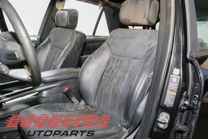 Mercedes ML II (164/4JG), SUV, 2005 / 2011<br><small>3.5 350 4-Matic V6 24V, SUV, Benzine, 3.498cc, 200kW, 4x4, M272967, 2005-02 / 2011-12, 164.186</small>