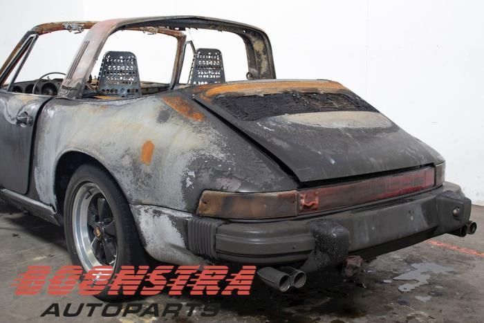 Porsche 911, Coupé, 1983 / 1990<br><small>3.2 Carrera, Coupe, 2Dr, Benzine, 3.164cc, 170kW, RWD, 93020; 93026, 1983-08 / 1989-08</small>