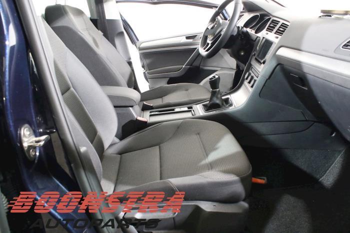 Volkswagen Golf VII Variant (AUVV), Combi, 2013<br><small>1.6 TDI BlueMotion 16V, Combi/o, Diesel, 1.598cc, 81kW, FWD, CXXB, 2014-12</small>