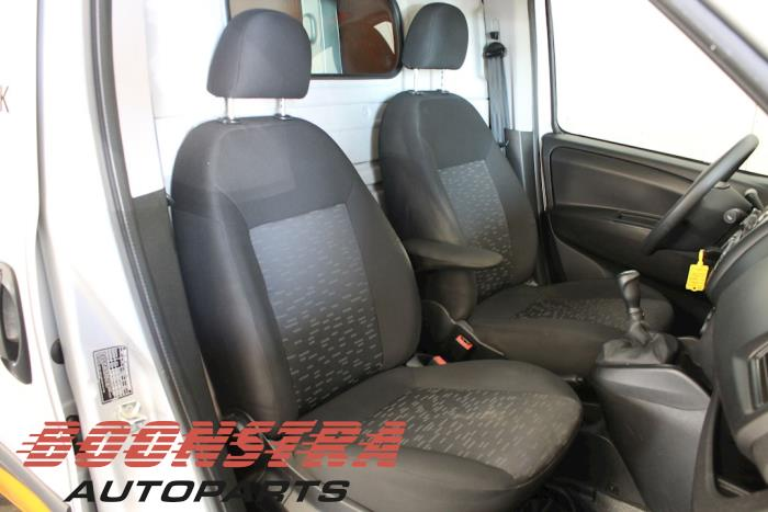 Opel Combo, Van, 2012 / 2018<br><small>1.3 CDTI 16V ecoFlex, Bestel, Diesel, 1.248cc, 66kW, FWD, A13FD, 2012-02 / 2018-12</small>