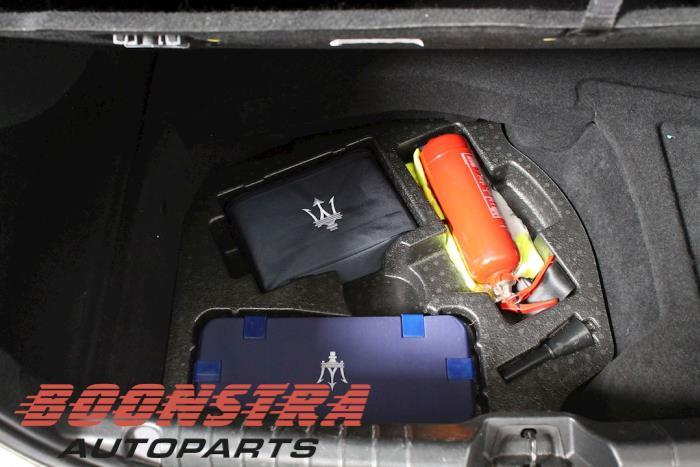 Maserati Ghibli III, Sedan, 2013<br><small>3.0 Diesel, Sedan, 4Dr, Diesel, 2.987cc, 202kW, RWD, M15746D, 2013-08, M1567D25H</small>