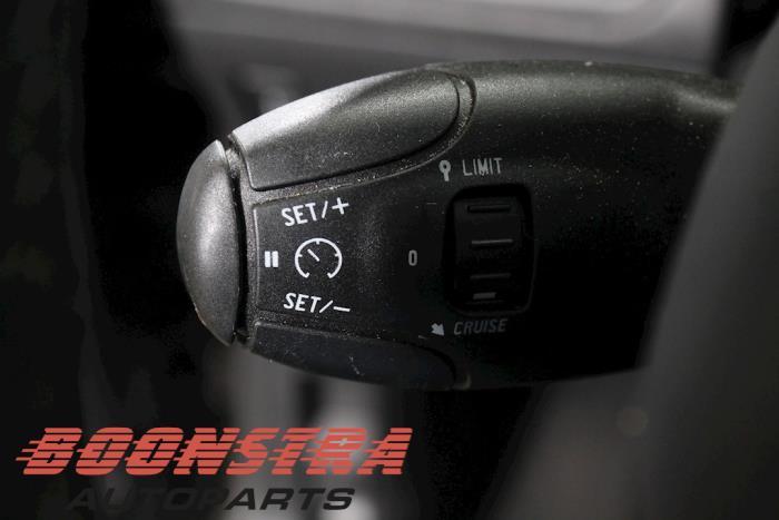 Peugeot 2008 (CU), MPV, 2013 / 2019<br><small>1.2 12V e-THP PureTech 110, MPV, Benzine, 1.199cc, 81kW, FWD, EB2DT; HNZ, 2015-01 / 2019-12, CUHNZ</small>