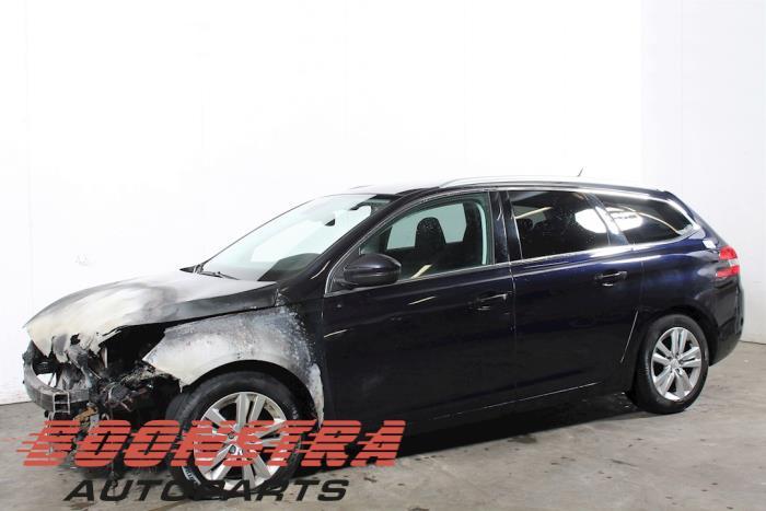 Peugeot 308 1.6 BlueHDi 120 2014-03 / 0-00