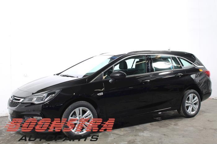 Opel Astra 1.0 Turbo 12V 2018-06 / 0-00