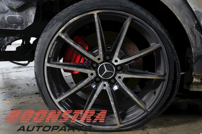 Mercedes CLA (117.3), Sedan, 2013 / 2019<br><small>2.0 AMG CLA-45 Turbo 16V, Sedan, 4Dr, Benzine, 1.991cc, 265kW, 4x4, M133980, 2013-07 / 2019-03, 117.352</small>