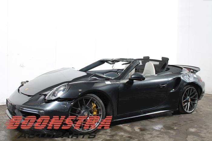 Porsche 911 3.8 24V Turbo S 2016-01 / 0-00