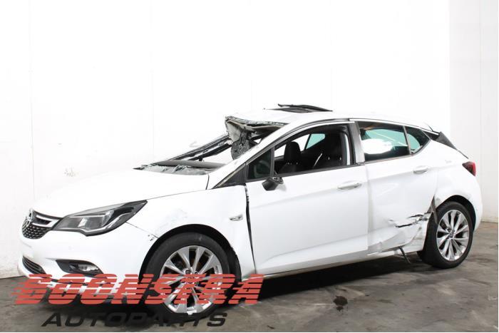 Opel Astra 1.0 Turbo 12V 2015-06 / 0-00