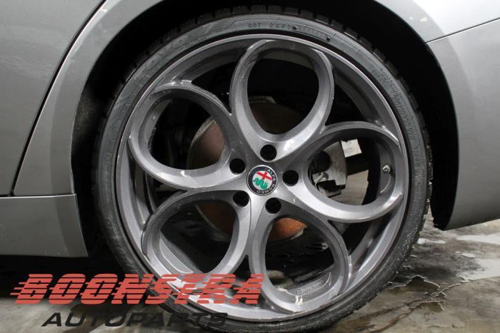 Alfa Romeo Giulia (952), Sedan, 2015<br><small>2.2d 180 16V, Sedan, 4Dr, Diesel, 2.143cc, 132kW, RWD, 55268532, 2015-10, 952AFA2</small>