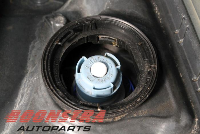 Peugeot 308 SW (L4/L9/LC/LJ/LR), Combi, 2014<br><small>1.6 BlueHDi 120, Combi/o, Diesel, 1.560cc, 88kW, FWD, DV6FC; BHZ, 2014-03, LCBHZ</small>