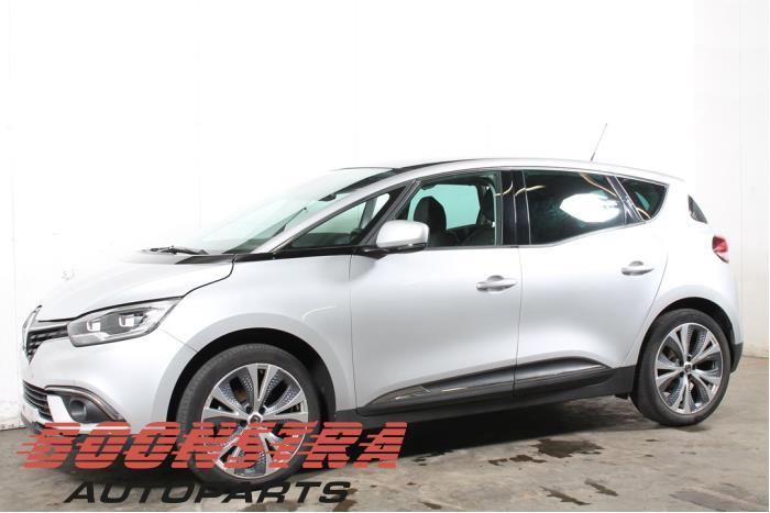 Renault Scenic 1.3 TCE 140 16V 2018-01 / 0-00