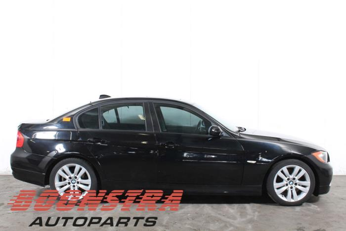 BMW 3 serie (E90), Limousine, 2005 / 2011<br><small>328i 24V, Limousine, 4-tr, Benzin, 2.996cc, 172kW (234pk), RWD, N52B30A, 2006-03 / 2008-08, VA33; VA37</small>