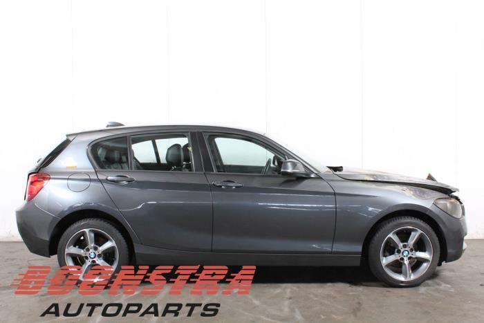 BMW 1 serie (F20), Schrägheck/5 Türen, 2010 / 2019<br><small>118i 1.6 16V, Fließheck, 4-tr, Benzin, 1.598cc, 125kW (170pk), RWD, N13B16A, 2011-07 / 2015-02, 1A31; 1A32</small>