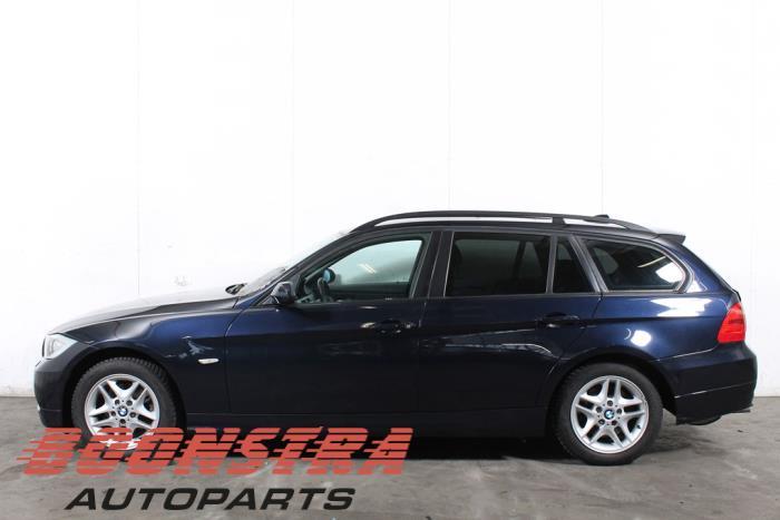 BMW 3 serie Touring (E91), Kombi, 2004 / 2012<br><small>320i 16V, Kombi/o, Benzin, 1.995cc, 110kW (150pk), RWD, N46B20B, 2005-09 / 2012-06, VR71; VR72</small>