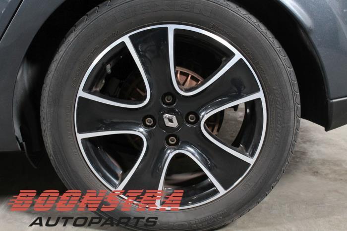 Renault Clio IV Estate/Grandtour (7R), Estate/5 doors, 2013<br><small>1.5 Energy dCi 90 FAP, Combi/o, 4-dr, Diesel, 1.461cc, 66kW (90pk), FWD, K9K628; K9KE6, 2013-01, 7R0J; 7RBJ; 7RJJ; 7RKJ</small>