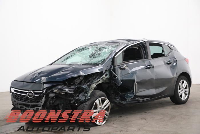 Opel Astra 1.4 Turbo 16V 2015-10 / 0-00