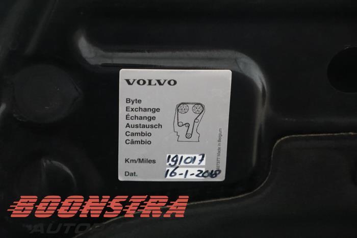 Volvo C70 (MC), Cabrio, 2006 / 2013<br><small>2.0 D 16V, Cabrio, Diesel, 1.998cc, 100kW (136pk), FWD, D4204T, 2008-01 / 2009-10, MC75</small>