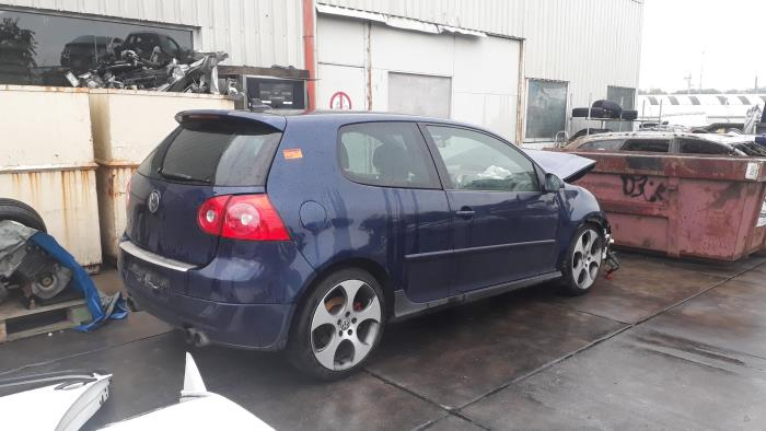 Volkswagen Golf - 3551613