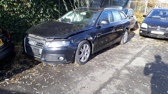 Audi A4 - 3674634
