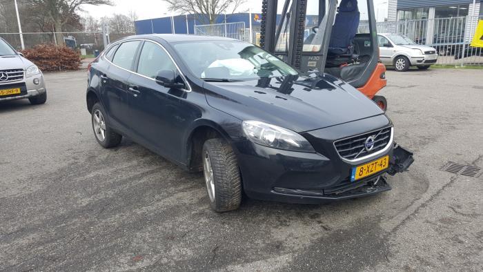 Volvo V40 - V1651