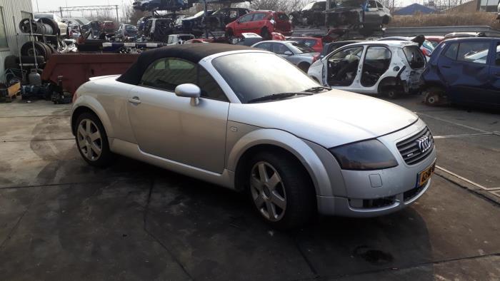 Audi TT - 3915830