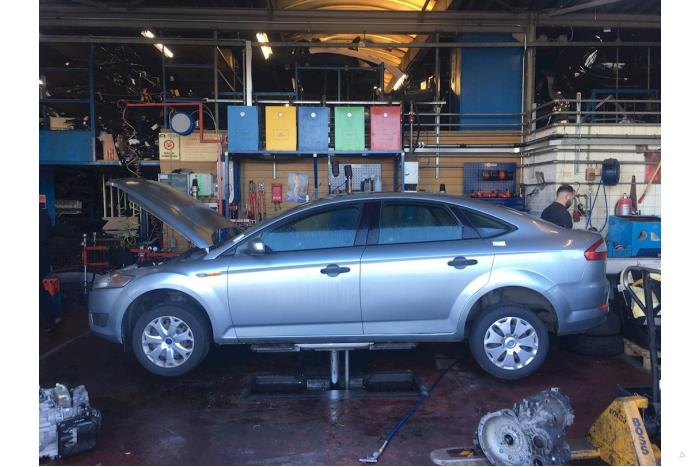 Ford Mondeo - 5239804