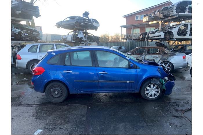 Renault Clio - 5553615