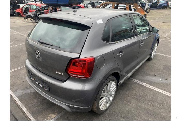 Volkswagen Polo - V10407