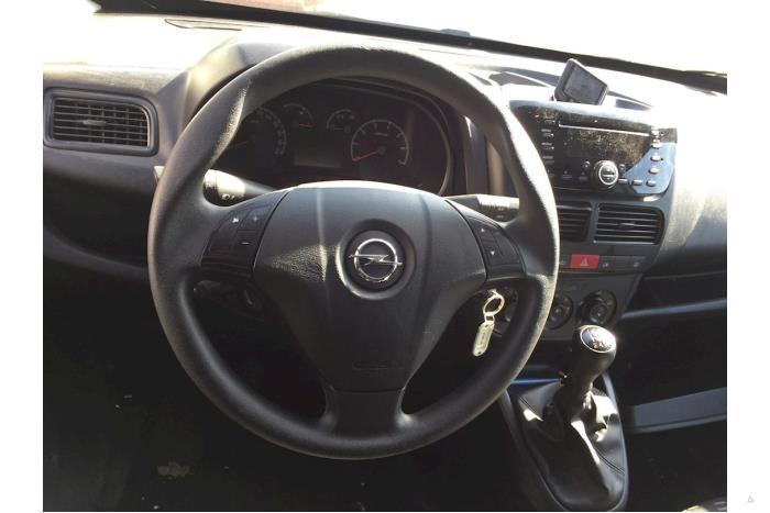 Opel Combo - V10422