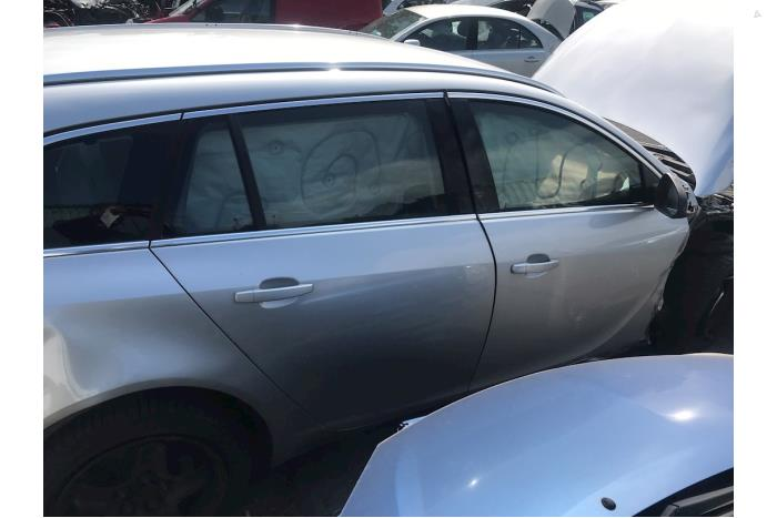 Opel Insignia - V10427