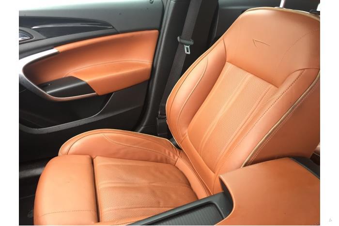 Opel Insignia - V10447