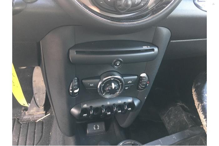 Mini Mini - V10474