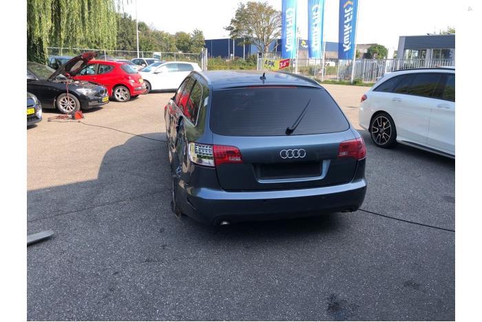 Audi A6 - V10551