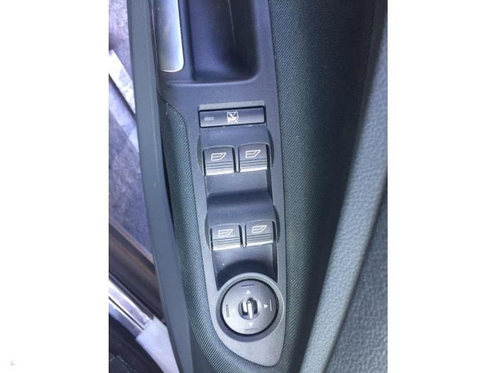 Ford C-Max - V10553