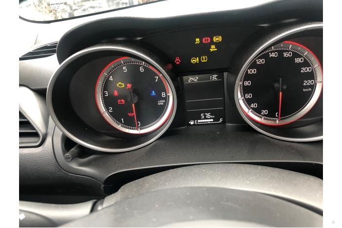Suzuki Swift - V10586