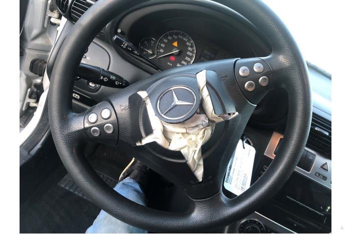 Mercedes C-Klasse - V10618