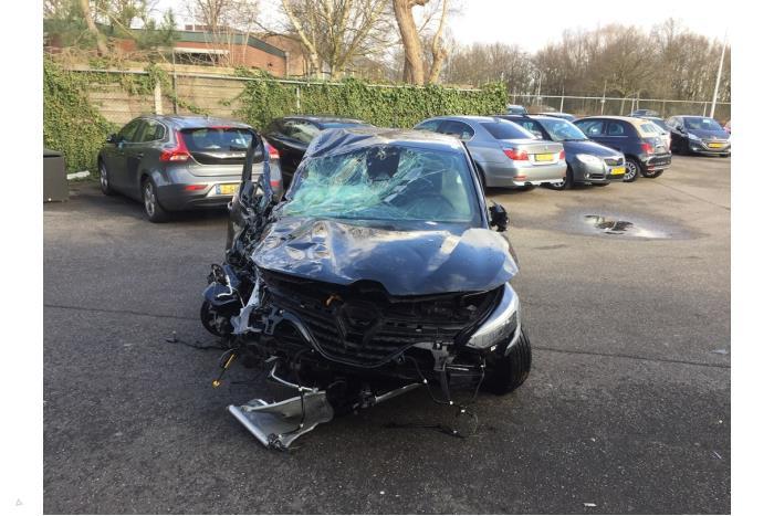 Renault Clio - V10639