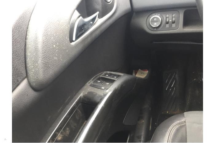 Opel Meriva - V10656