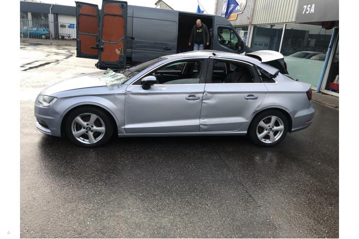 Audi A3 - V10723