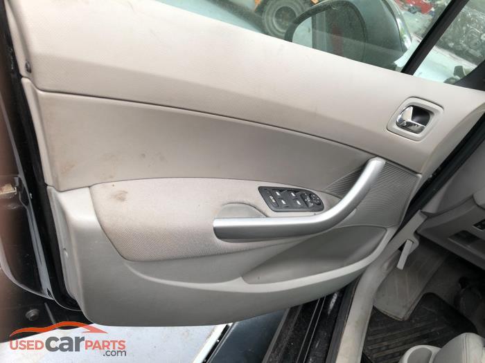 Peugeot 308 - V10753