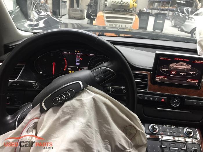 Audi A8 - V10771