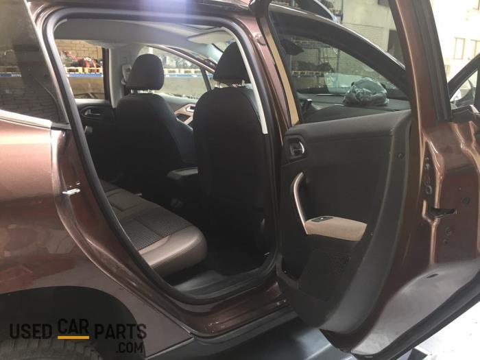 Peugeot 2008 - V10787
