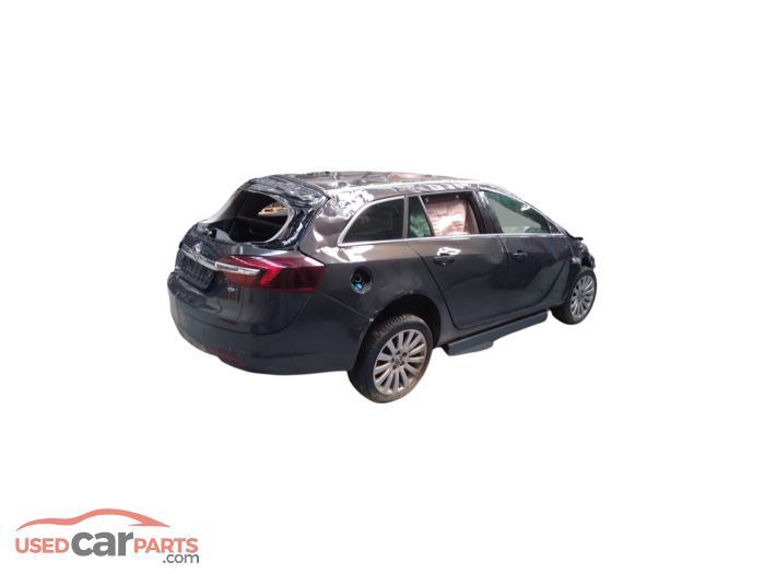 Opel Insignia - 6748752