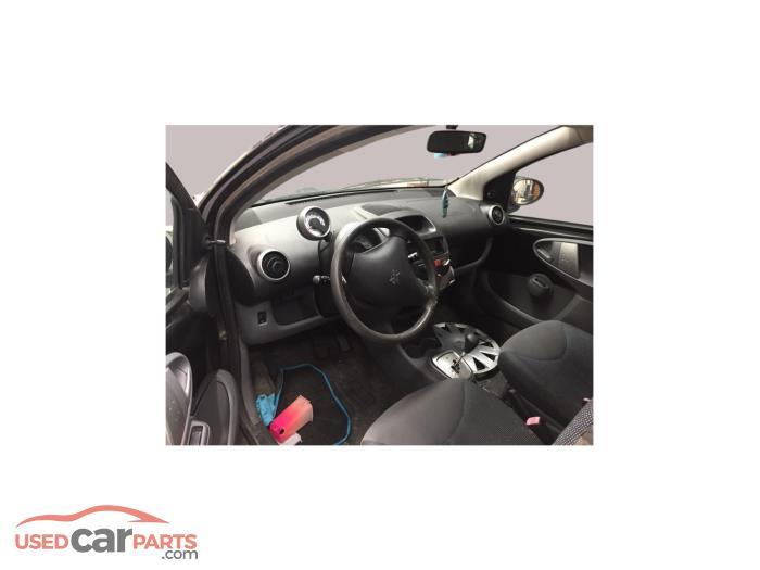 Peugeot 107 - V10816